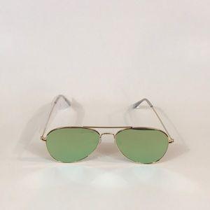 Accessories - Flat Rose Gold Frame Mirrored Aviator Sunglasses!.